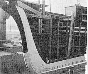 Abb. III-2 Theone-Modell aus dem Morgenstern-Museum; Schnittseite vorn
