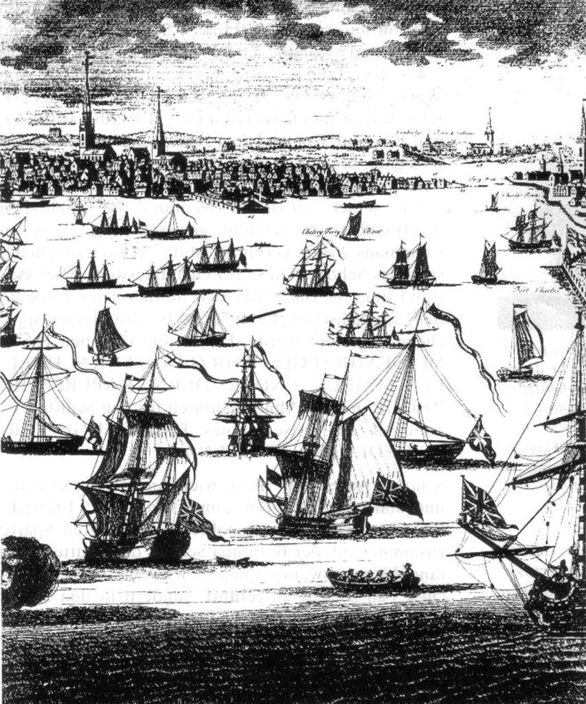 Abb. 6: Der rechte Teil der Ansicht von Boston von William Burgis, zwischen 1723 und 1725 veröffentlicht. Während der linke Teil einen schmucklosen Schonner unter Segel aufweist, ist auf dem rechten (Pfeil) ein vor Anker liegender Schoner mit Gallionsfigur sichtbar, der durch Gösch und Stander am Großmast als Marine- oder Zollfahrzeug erkennbar ist. Deutlich sichtbar ist auch der Baum am Vor-, dem Schonermast. Es ist die früheste bekannte Darstellung von Schoonern in Amerika und auch die früheste, diesen Baum zeigend. Archiv des Autors.